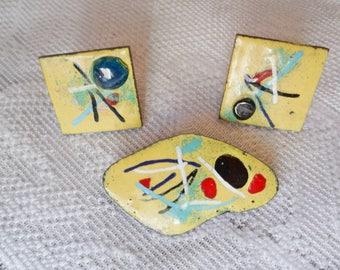 Vintage Mid Century Abstract Yellow Enamel Brooch & Earrings Set