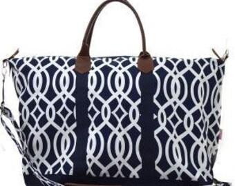 Monogrammed Ladies Large Weekend Bag 3 colors, Tote Bag, Large Tote Bag, Personalized Weekend Bag, Luggage, Monogrammed Tote Bag, Duffle bag