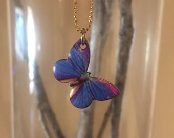 Sweet petite butterfly/gold chain