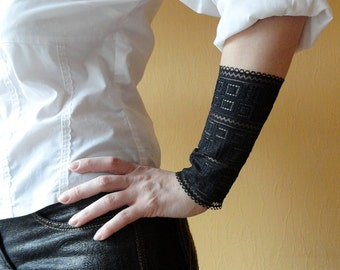 Black lace bracelet cuff Set of 2 bracelets Autumn party accessorie Wrist cuff Wrist band Tattoo cover up Hair ties B1245
