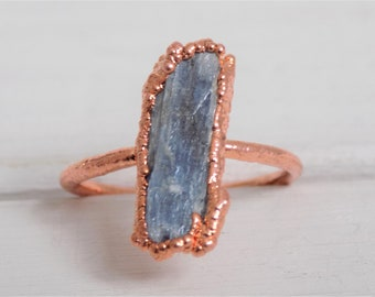 Raw kyanite ring - blue kyanite ring - raw crystal ring - electroformed copper ring - raw stone ring - statement ring - size N size 7 ring