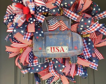 Front Door Wreath, Patriotic wreath, red white and blue wreath, Truck wreath, stars and Stripes wreath, USA wreath