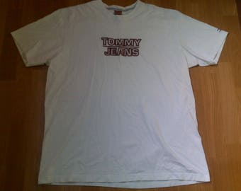Tommy Hilfiger t-shirt, vintage white Tommy shirt of 90s hip-hop clothing, 1990s hip hop, old school, OG, gangsta rap, size L Large