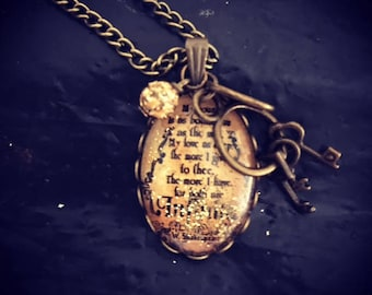 Pendant with Shakespeare's quote