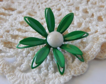 Fun Enamel Flower Brooch Pin Green White Brooch Floral Pin Daisy Unique OOAK 1950s 1960s Cute as a Button Flower Brooch Pin Great Gift Idea
