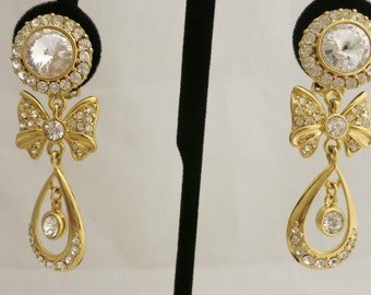 1990's Stunning Nordstrom Crystal & Cubic Zirconia Drop Clip on Earrings