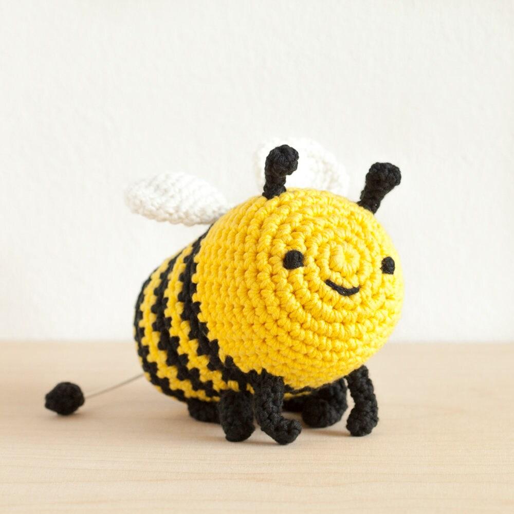 Bibi Bee Spieluhr gehäkelt Biene Kuscheltier Baby