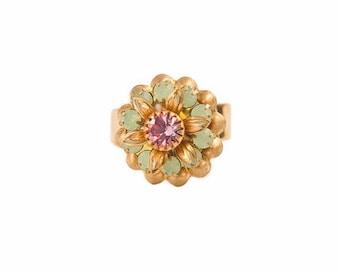 Ring with Swarovski flower