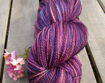 Ewetopia Fingering 3.2 oz, Hand dyed yarn, Superwash Merino Wool, 448yds/100g: Corazon.