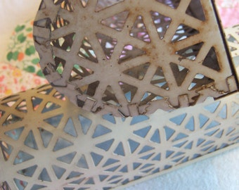 lovely lattice wall hangings