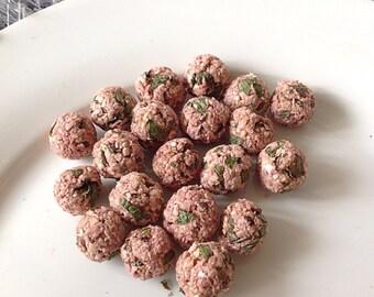 Mint and mixed berries digestive assist pops, pet rabbit treats, pet rabbit food, pet bunny treats