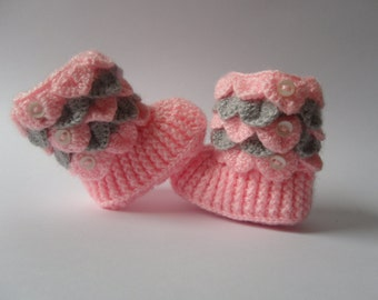Crocodile Stitch  Baby Booties/ Crochet Baby boots Crocodile Stitch