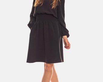 Black casual midi dress with down extended sleeve