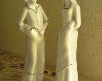 Vintage Lovers Miniature, Italian Capodimonte porcelain lovers, Vintage White And Golden Design
