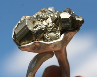 Amazing 925 Sterling Silver and Pyrite Ring By Zulasurfing