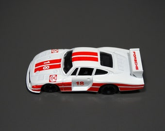 Vintage Tomica Porsche 935-78