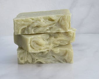 Bentonite Shaving Bar