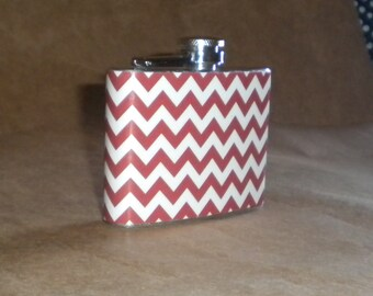 Garter Flask on SALE Red and White Chevron Print Stainless Steel 4 ounce Garter Flask KR2D7241