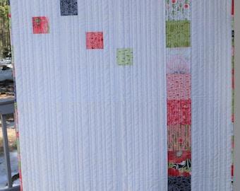 Red Poppies Quilt, handmade, lap quilt, throw quilt, modern quilt.