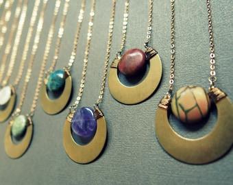 Collier long / croissant de lune Collier / Collier croissant Boho / Tribal bijou / croissant de lune bijoux / superposition Long collier