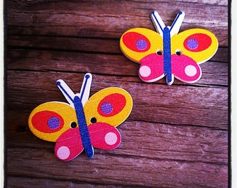 Set of 2 wooden Butterfly 35 x 28 mm buttons