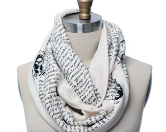 Shakespeare's Hamlet Book Scarf - Infinity Scarf, Literary Scarf, <Author>, Book Lover, Books, Reading, Teacher Gift