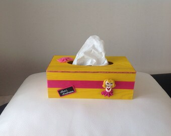 SCHOOL thank you teacher: yellow and hot pink tissue box