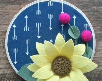 Embroidery hoop art with felt flowers, felt flowers, home decor, gifts for her, felt hoop art, felt florals