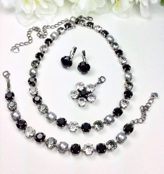 Swarovski Crystal & Pearl 8.5mm Necklace - Jet, Black Diamond, Crystal and Dove Grey Pearls - Designer Inspired - Gorgeous! - FREE SHIPPING