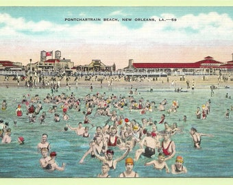 Vintage Linen Postcard - Young and Old Alike Enjoying the Cool Waters of Lake Pontchartrain, New Orleans, Louisianna  (2771)