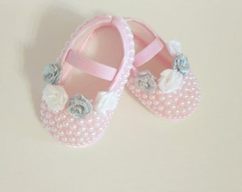 baby girl shoes,pink baby shoes,cute Baby Girl Shoes,Unique baby gift,Bling baby shoes,baby booties