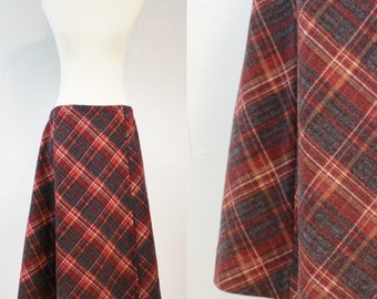 Vintage Plaid Skirt Midi 70s // Womens M Medium // Mid Length Red Gray Tartan // Costume Preppy Maroon Gold Retro
