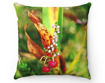 Floral pillow, nature inspired housewarming gift, anniversary gift, floral pillow, accent pillow, polyester pillow, nature inspired pillow
