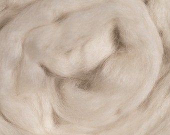 Blue Face Leicester Roving 16 oz Alba Ranch BFL Undyed Spinning Wool Combed Top