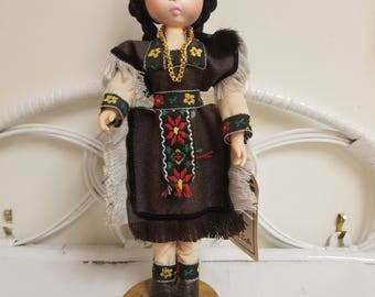 Big Sad Eyes Bradley Doll Rare Hard To Find Native American Indian Figurine *Folk Art