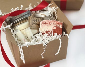 Gift for Her, Handmade Soap, Soy Candle, Mother's Day, Cranberry, Gift Set, Spa Set, Mason Jar Candle, Coworker Gift, Bridesmaid Gift