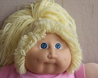 Cabbage Patch Kids Doll Blond Hair Blue Eyes 1982