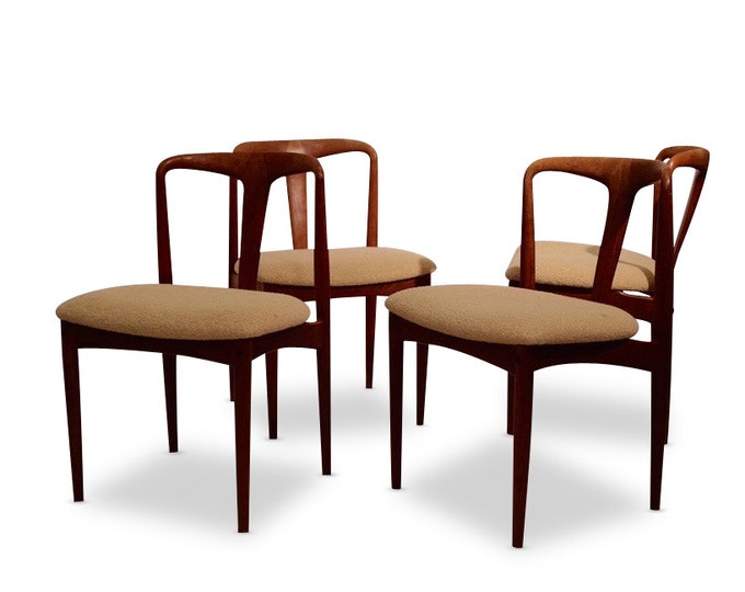 Danish Mid-Century Modern Johannes Andersen Juliane Chairs, Set of 4