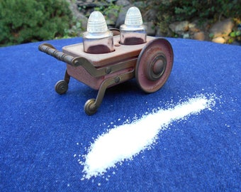 Novelty Salt & Pepper Set