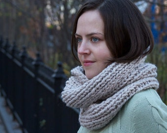 Knitting Pattern - Double Loop Cowl - Easy/Intermediate