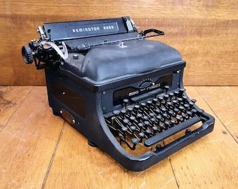 Vintage 1960s Remington Rand Standard No 24 Manual Desktop Typewriter  Refurbished with New Ribbon. Ready