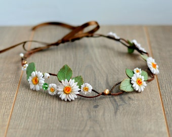 Daisy flower crown Bridal floral crown Spring flowers halo Bridal headband Bridesmaids gift Flower girl  crown Daisy accessory Wedding hair