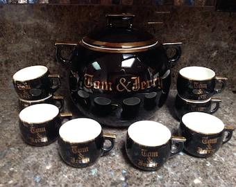 Vintage Hall Set Tom And Jerry Punch Bowl 10 Cups Black 24k Gold Trimmed  ..