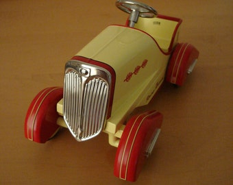 Hallmark Kiddie Car Classics 1935 Timmy Racer - Pedal Car Limited Edition