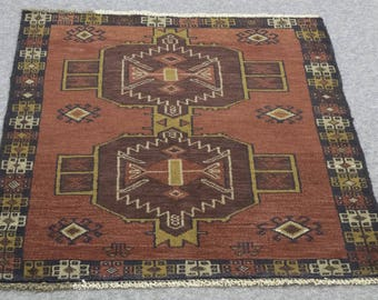 Rug Sale : 2.10′ X 4.4′ Baluchi,  vintage, hand-knotted, oriental area rug floor rug  bohemian rugs