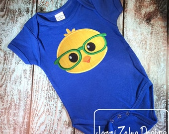 Chick face boy with glasses appliqué embroidery design - Easter appliqué design - chick appliqué design - farm appliqué design - baby chick