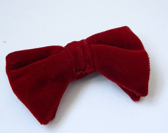 Vintage 1960s Deep Red Velvet Double Clip On Bow Tie