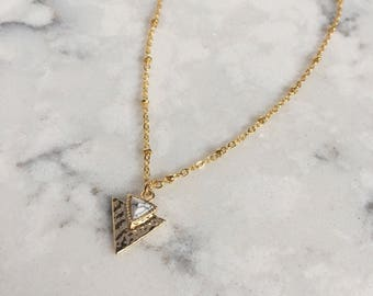 Marble Triangle Necklace || Gold Triangle Necklace || Geometric Triangle Necklace || Geometric Jewelry || Marble Jewelry