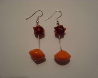 Earrings combine orange and Burgundy