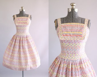 Vintage 1950s Dress / 50s Cotton Dress / Junior House Milwaukee Pink Floral Dress w/ Prong Set Rhinestones S/M